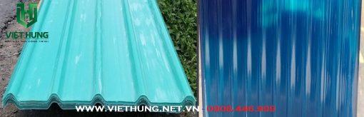 Tôn nhựa lấy sáng sợi thủy tinh mà xanh ngọc và xanh biển