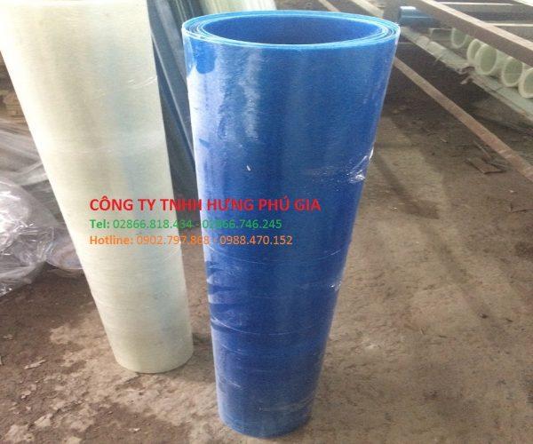 Tôn nhựa lấy sáng dạng phẳng màu xanh biển mờ