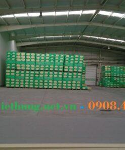 Kho hàng tấm gạch mát chống nóng công ty Việt Hưng