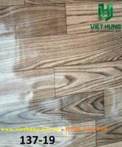 Mẫu màu simili lót sàn mỏng 0.5mm vân gỗ 98137-19 bóng