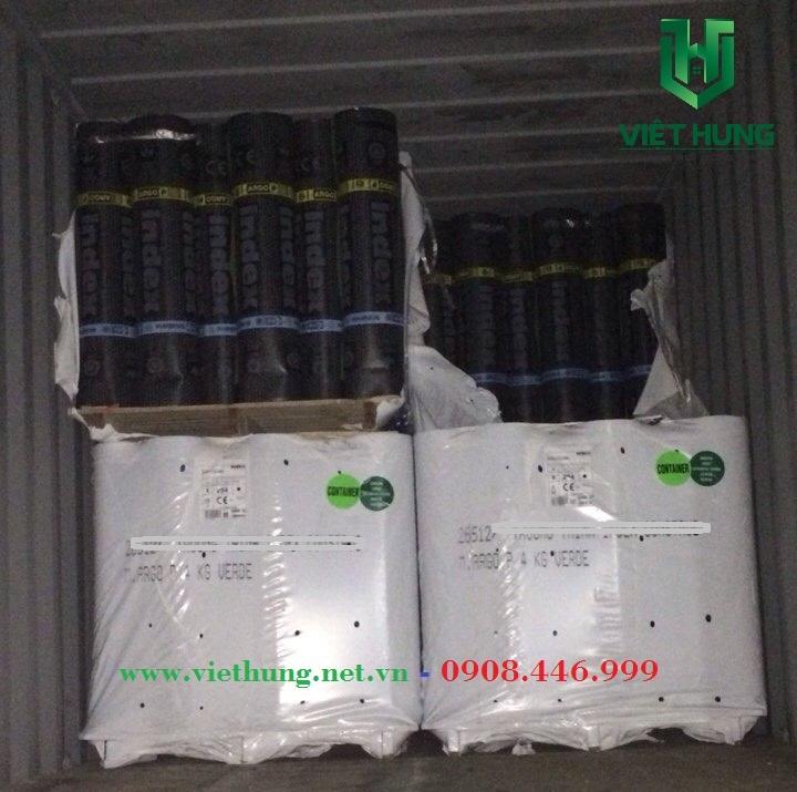 Xe container vận chuyển màng khò nóng chống thấm về kho cty Việt Hưng