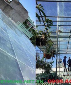 Tôn nhựa lấy sáng Composite dạng Phẳng lợp mái trồng hoa lan