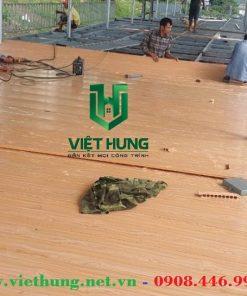 Thi công lắp đặt ván nhựa lót sàn gác chịu lực